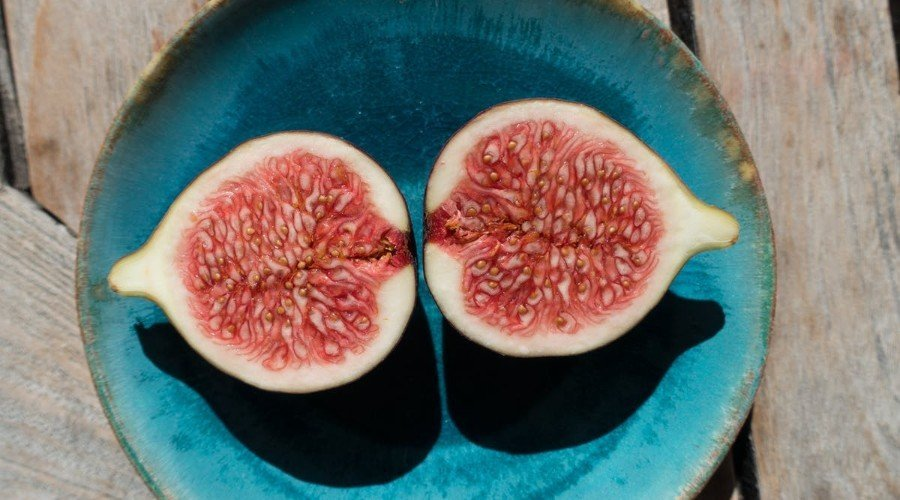 carbs in figs