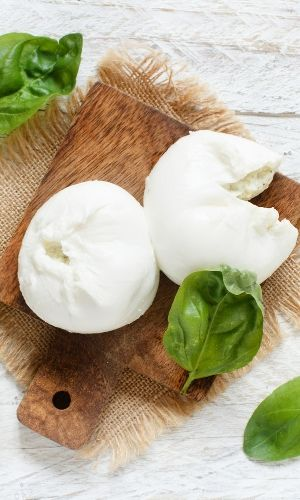 is mozzarella carb